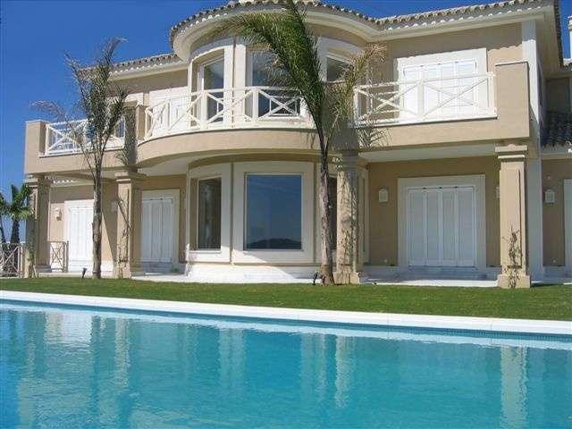 Nadia luc a dinero for La mansion casa hotel apurimac