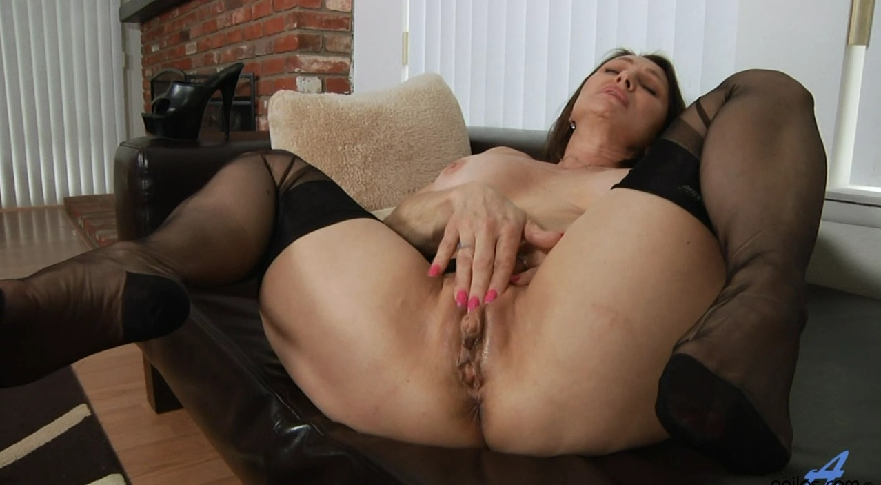 Pantyhose granny stockings