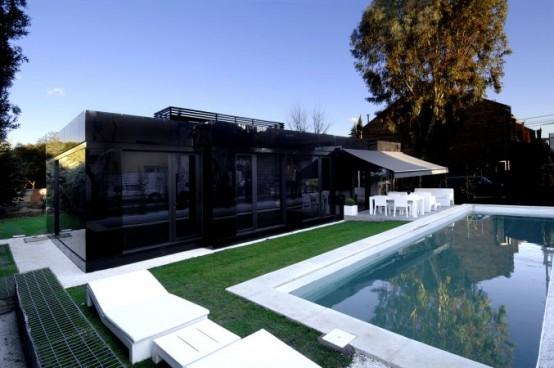 Piscina de casa modular minimalista piscinas y albercas for Casa minimalista con alberca