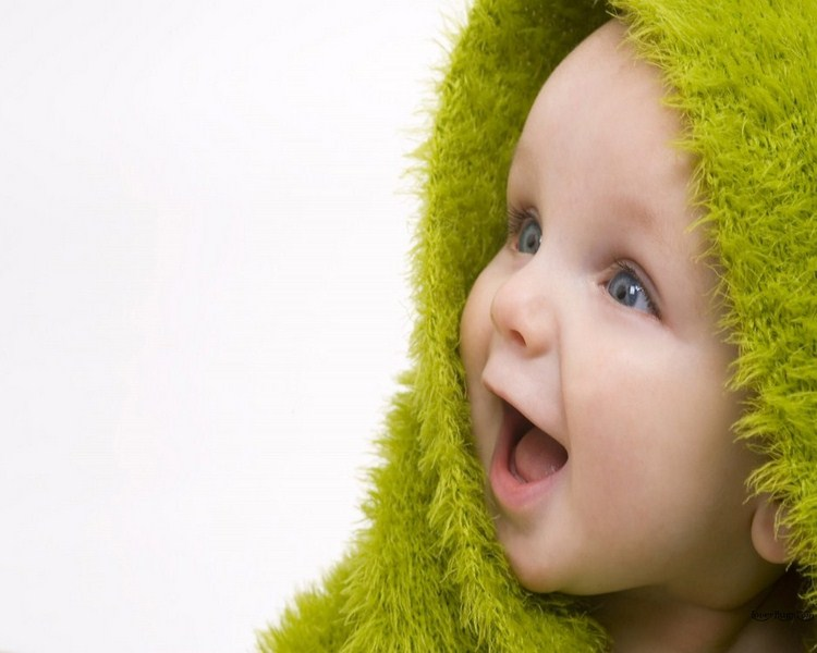 Cute Small Girl Wallpapers For Facebook Fun2funia Cute Babies