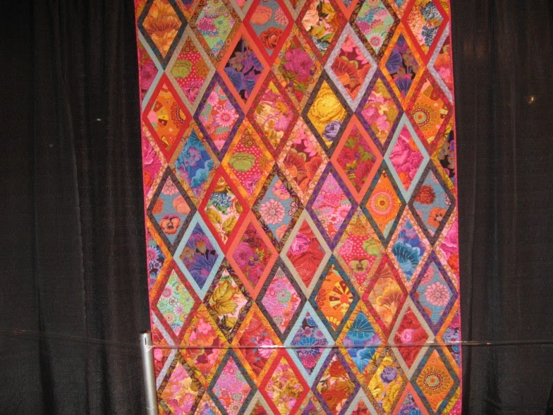 Alice S Looking Glass International Quilt Festival And