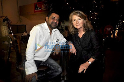 Sally Potter meets Anil Kapoor and Sushmita photo