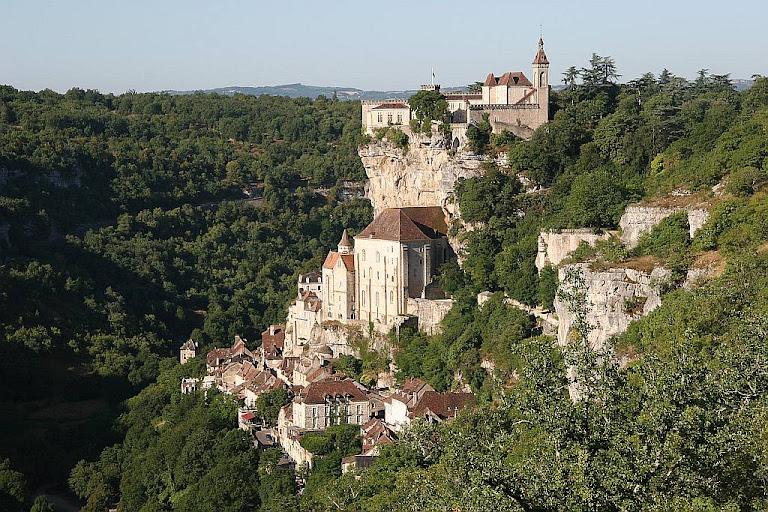O santuário de Rocamadour encravado na pedra