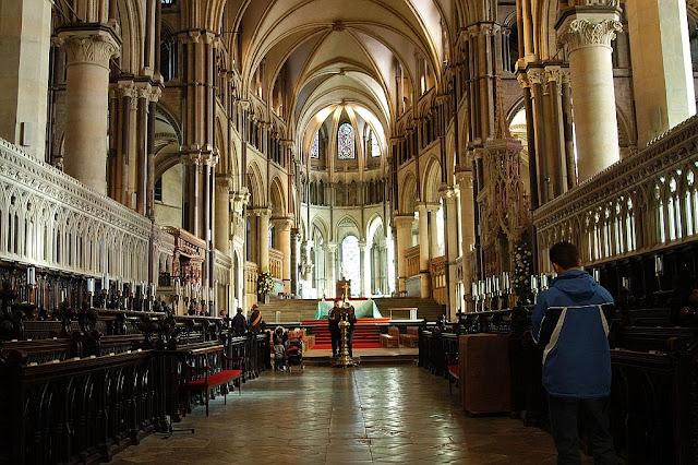Canterbury, catedrais medievais