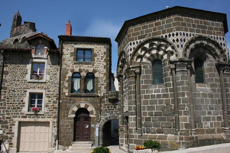 Le Puy-en-Velay, capela de São Miguel da Agulha, catedrais medievais