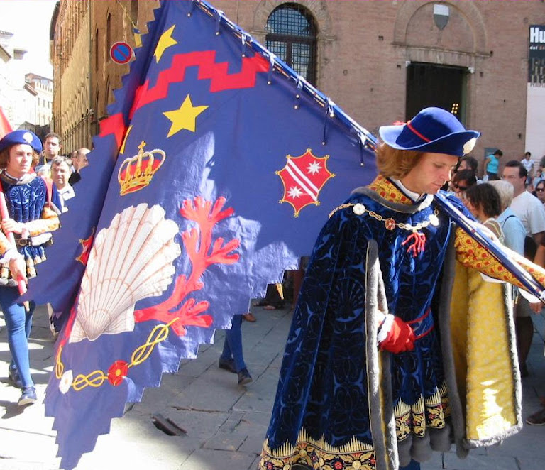 Palio di Siena, a cidade medieval.