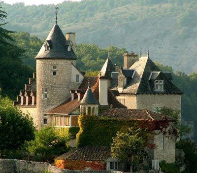Perto de Rocamadour, castelos medievais