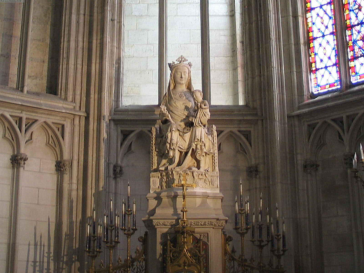 Nossa Senhora, Sens, catedral St-Etienne