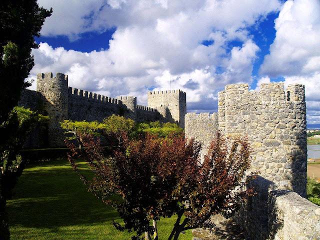 Montemor o Velho, contos e lendas medievais. ©Rui Ornelas
