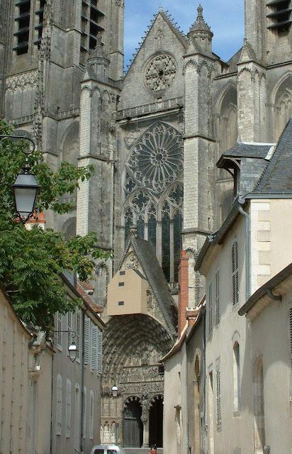 Bourges, fachada