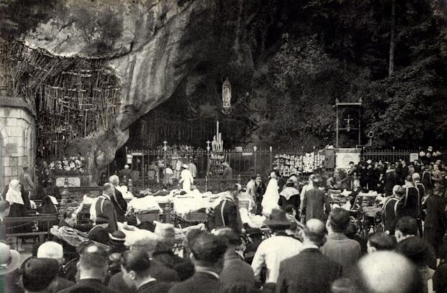 Missa na Gruta no centenário das aparições