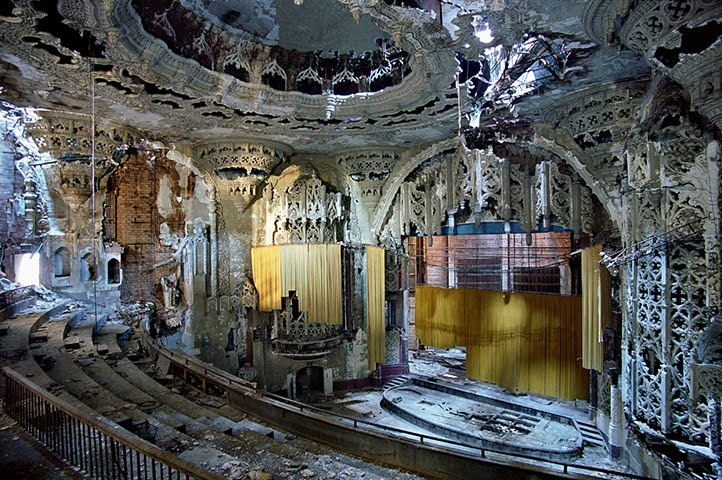 The Abandoned City of Detroit