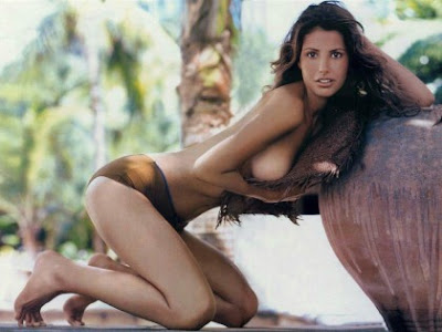Nice naked white girl asses