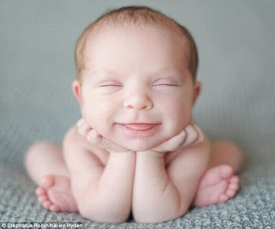 Foto Lucu Baru Lahir Foto Bayi Lucu Gambar