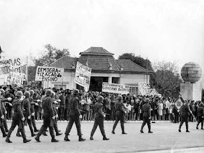 Resultado de imagem para 17 DE ABRIL DE 1969