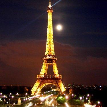 كامل بـاريـس عاصمة الجمال فرنسا