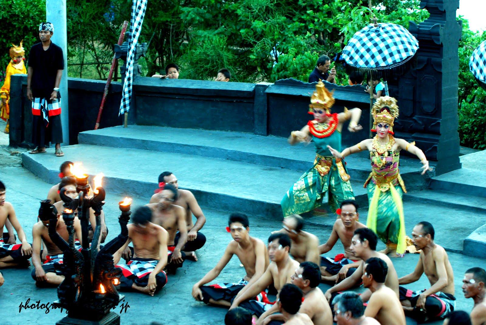 Indonesia Indah Tari Kecak Uluwatu