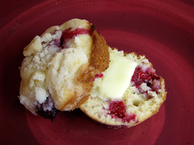 Lemon and Raspberry Muffins with Streusel Topping