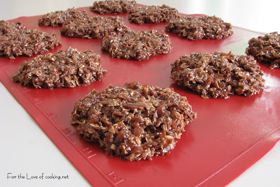 No Bake Chocolate, Oatmeal and Coconut Cookies