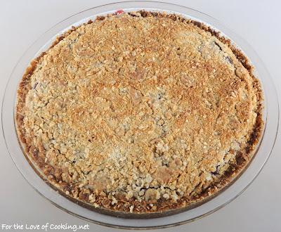 Raspberry Oatmeal Crumb Pie