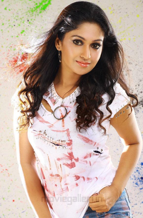 Kajal Agarwal Cute Wallpapers Hot Actress Nice Images Mithra Kurian Latest Wallpapers