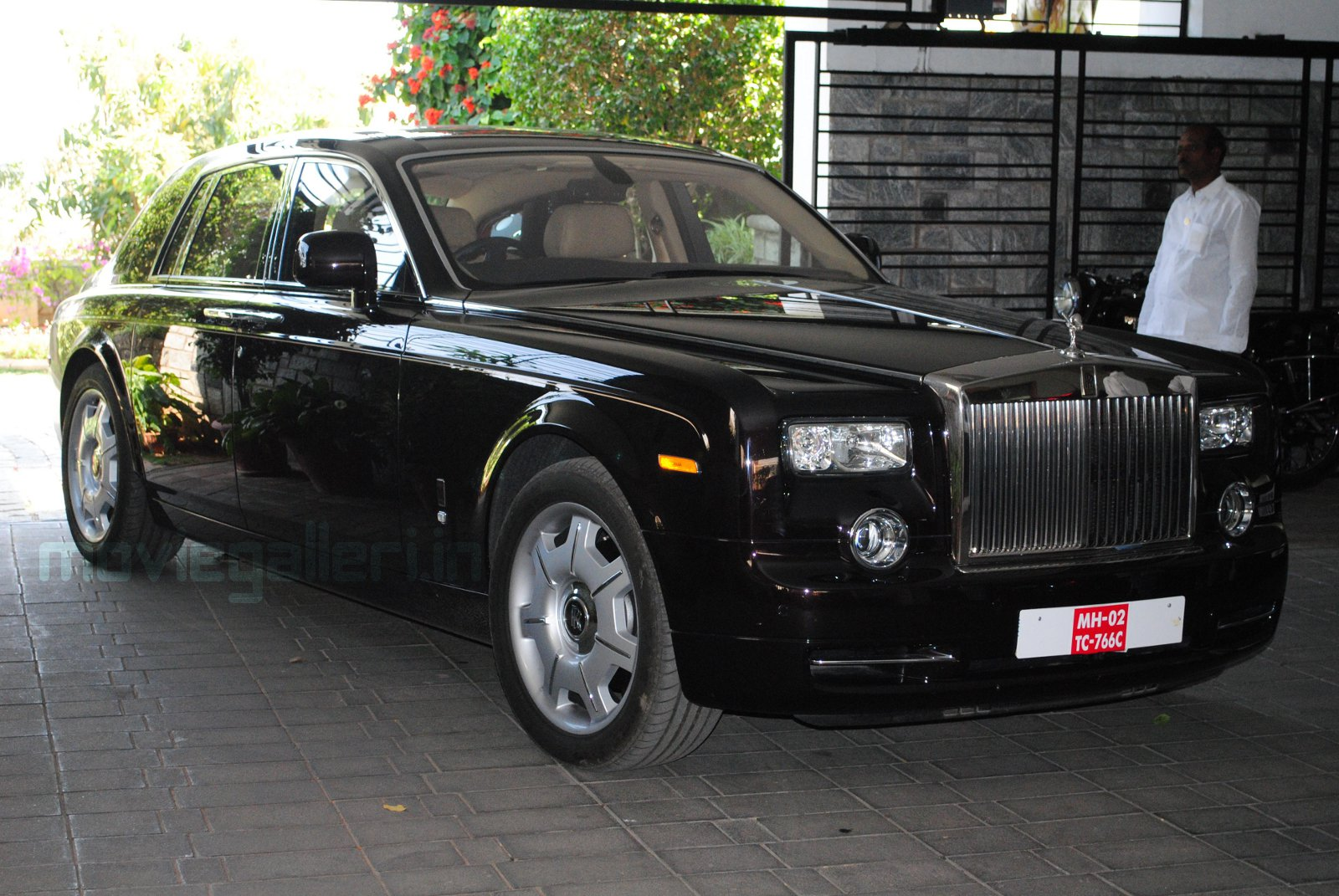 Chiranjeevi New Rolls Royce Car Pics Rolls Royce Pantom Car New