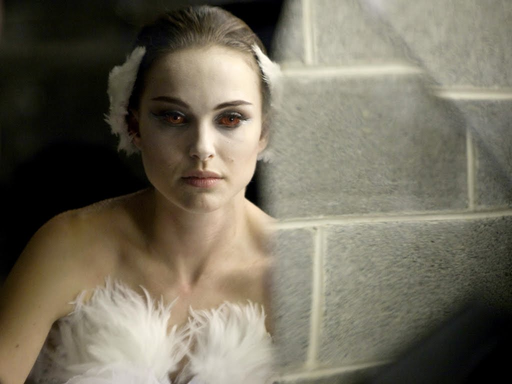 http://3.bp.blogspot.com/_Lb_wTawLm4s/TSOH-ka_TGI/AAAAAAAAAMc/xhMsfYyJqd4/s1600/black-swan-movie-wallpaper-1-903802.jpeg