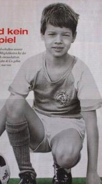 Childhood photograph of the World    Footballer Seen On www.coolpicturegallery.us