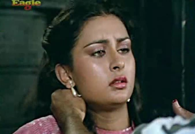 Can Poonam dhillon naked sexy video this