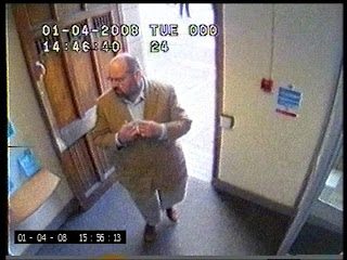Fraudster Kofmel captured on CCTV