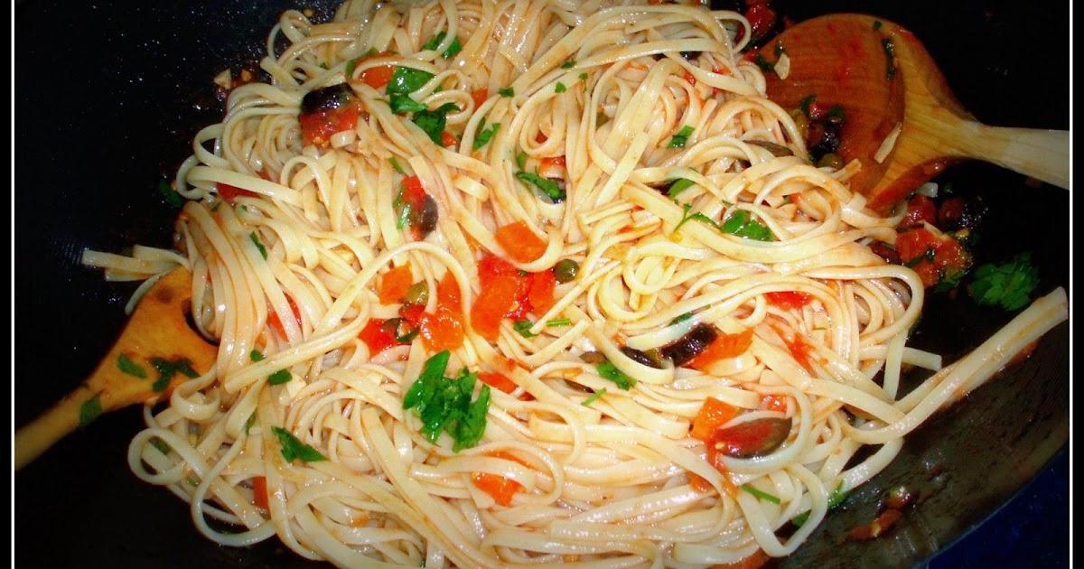 Cocina de color Lila Tallarines putanesca