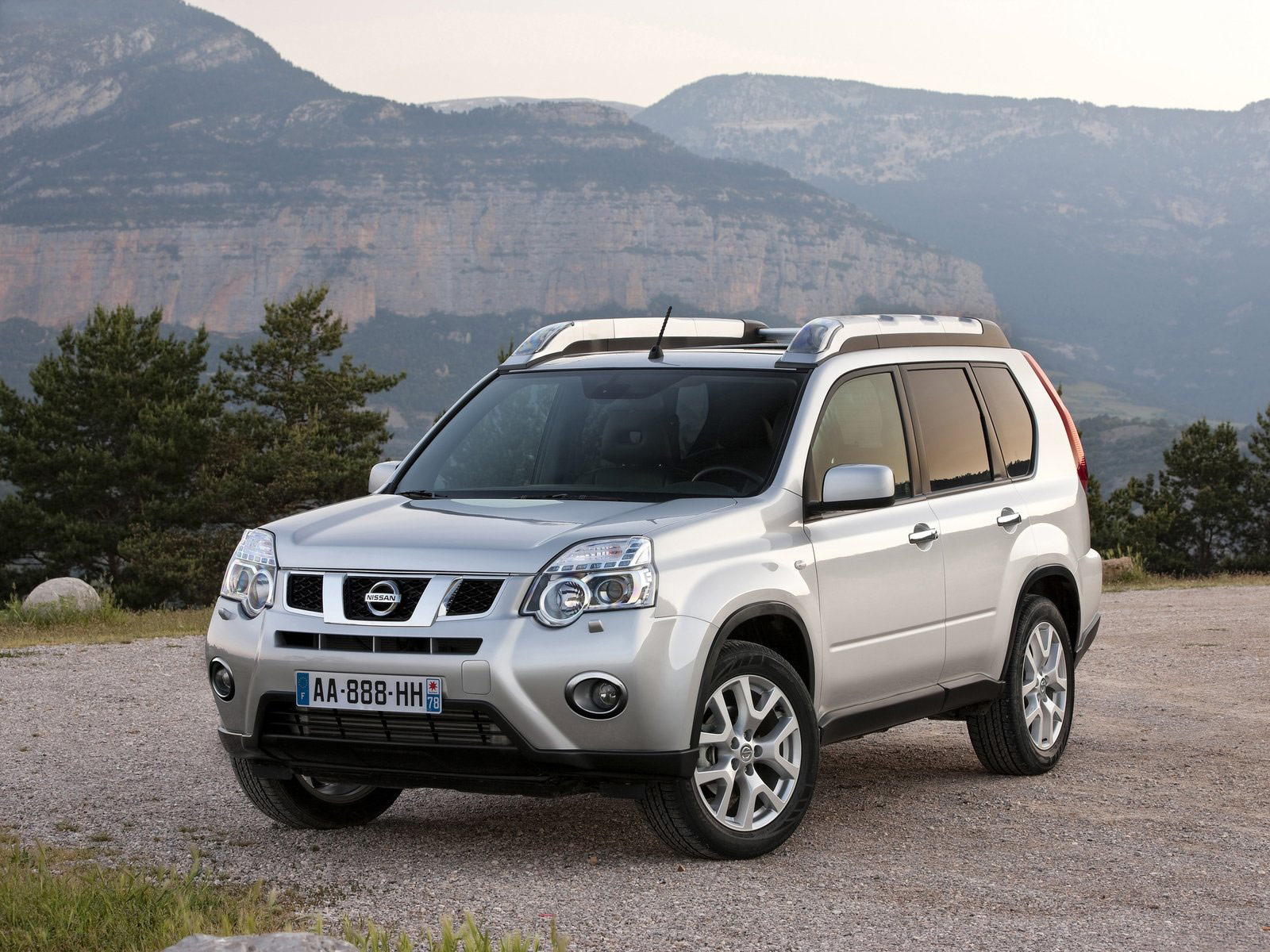 2011 Nissan X Trail Car Photos Accident Lawyers Information