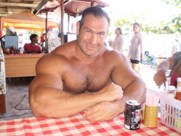 Hairy muscular men