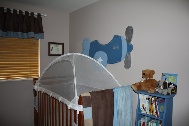 Cynde' Place Airplane Bedroom