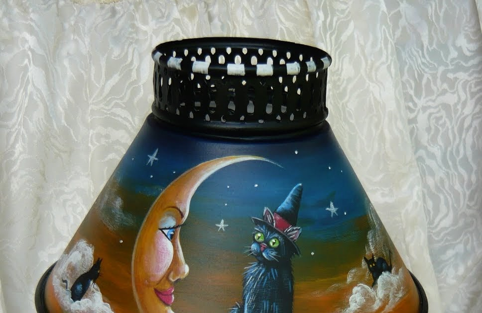 Magic Brush Studio Hp Vintage Metal Halloween Candlestick