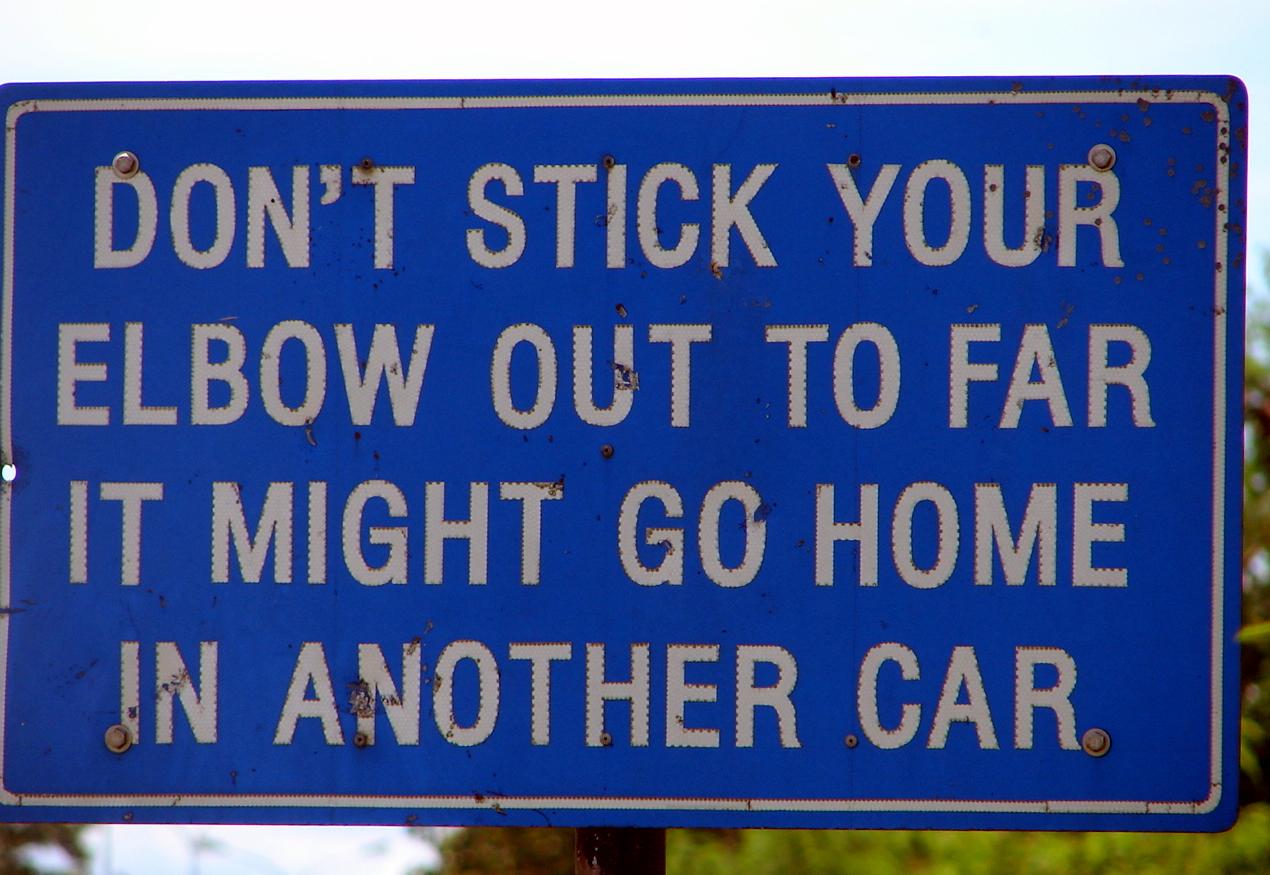 Funny Signs: Informasi Dikongsi Bersama: Funny Road Signs (2