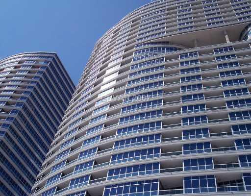 Kitchen Remodel Las Vegas Heat Lamps 全景塔 拉斯维加斯豪华高层公寓房 厨房改造拉斯维加斯