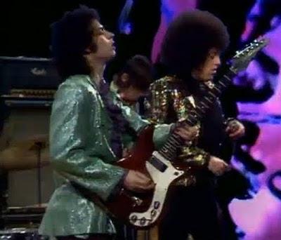 epiphone_wilshire_1966,Aged_Cherry,Worn_Cherry,psychedelic-rocknroll,mc5,beat_club,wayne_kramer