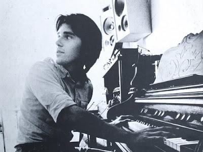 emitt_rhodes,1970,psychedelic-rocknroll,fresh_as_daisy,royal,LULLABY,tenenbaums,millennium,curt_boettcher,emerals,merry_go_round