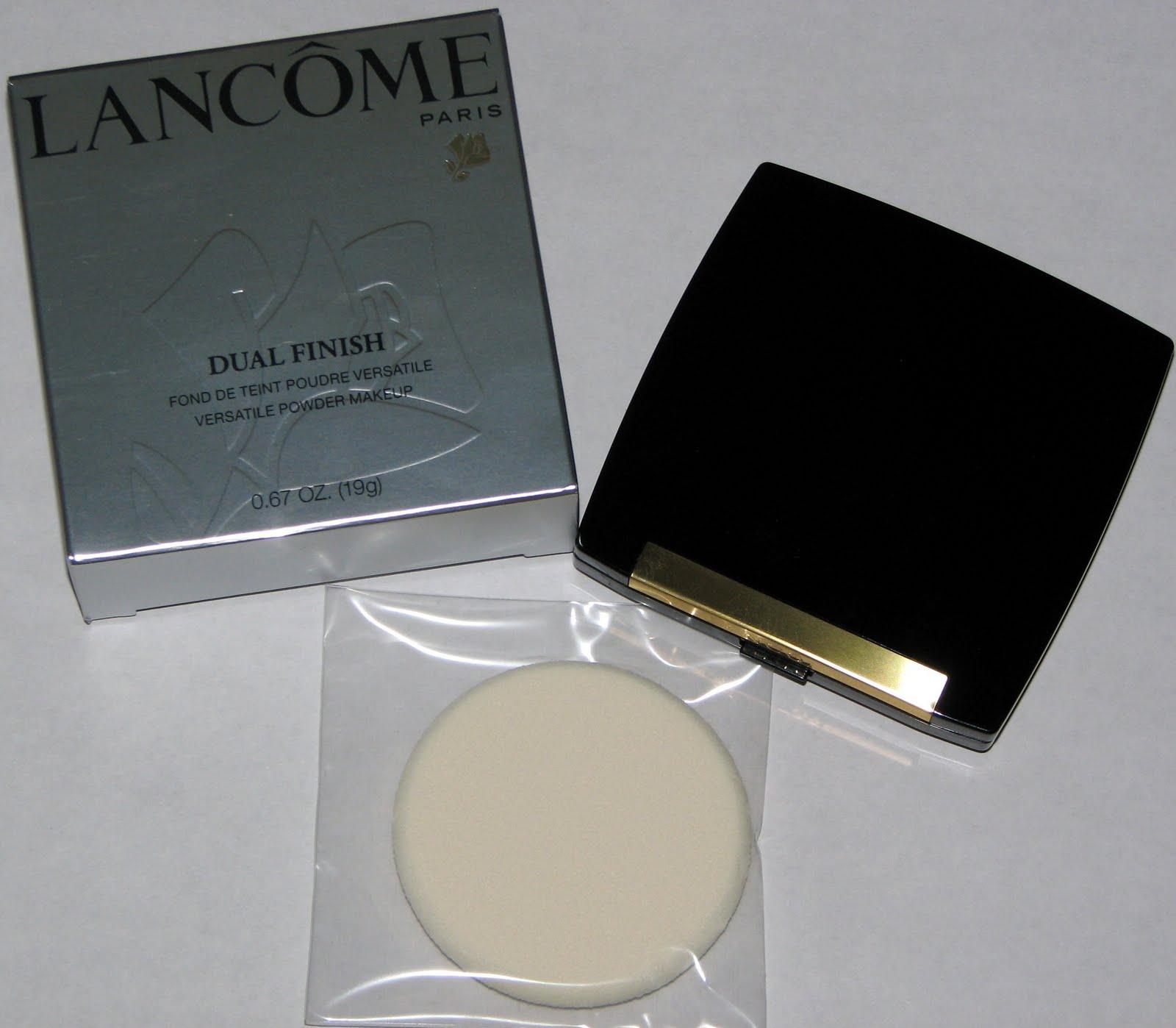 Spotlight on Lancome Dual Finish Powder - Blushing Noir