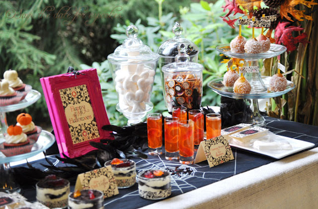 Favorite Halloween Party Ideas  - via BirdsParty.com
