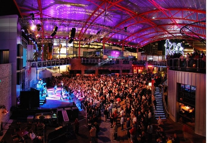KC Live! New Year's Eve: Kansas City Live! on the Red Carpet