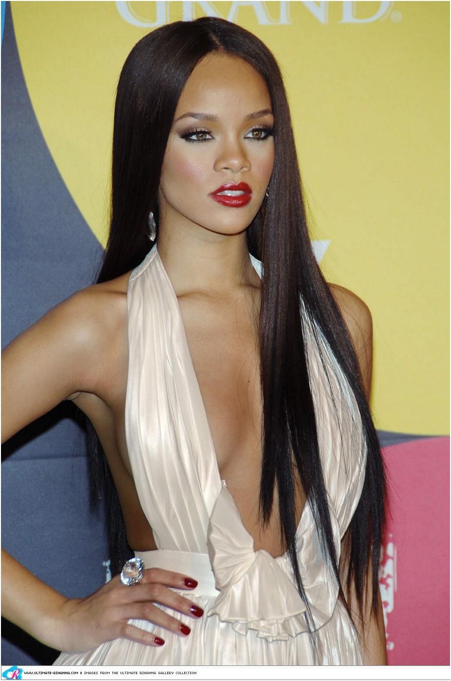 Pleasant Rihanna Back To Black Hair Hairstyles For Women Draintrainus