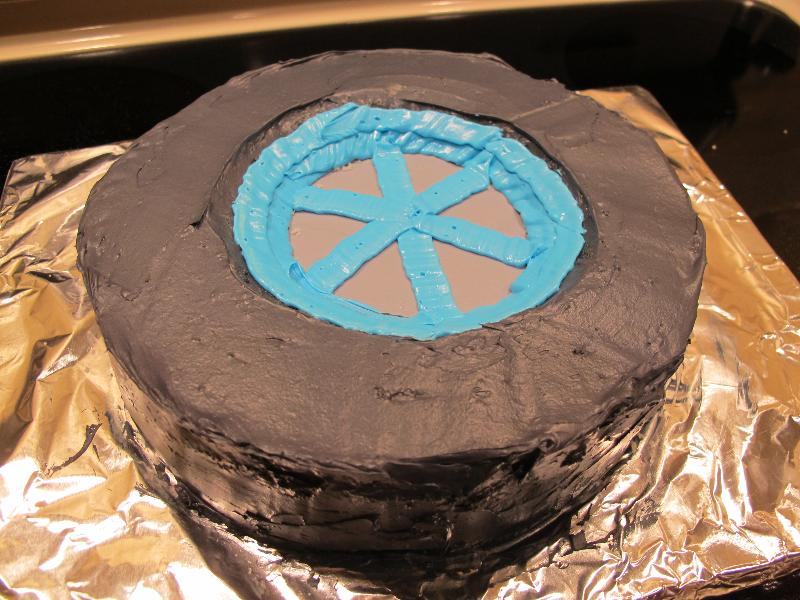 Hubcap Tire And Wheel >> B2Ben's Blog: Wheel Cake!