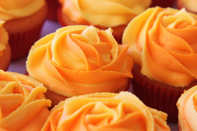 orange cupcakes @createdbydiane
