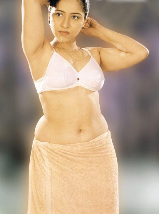 Malayalam Blue Film Actress Reshma Some Hot And Juicy Snaps  Masala Dome-8789
