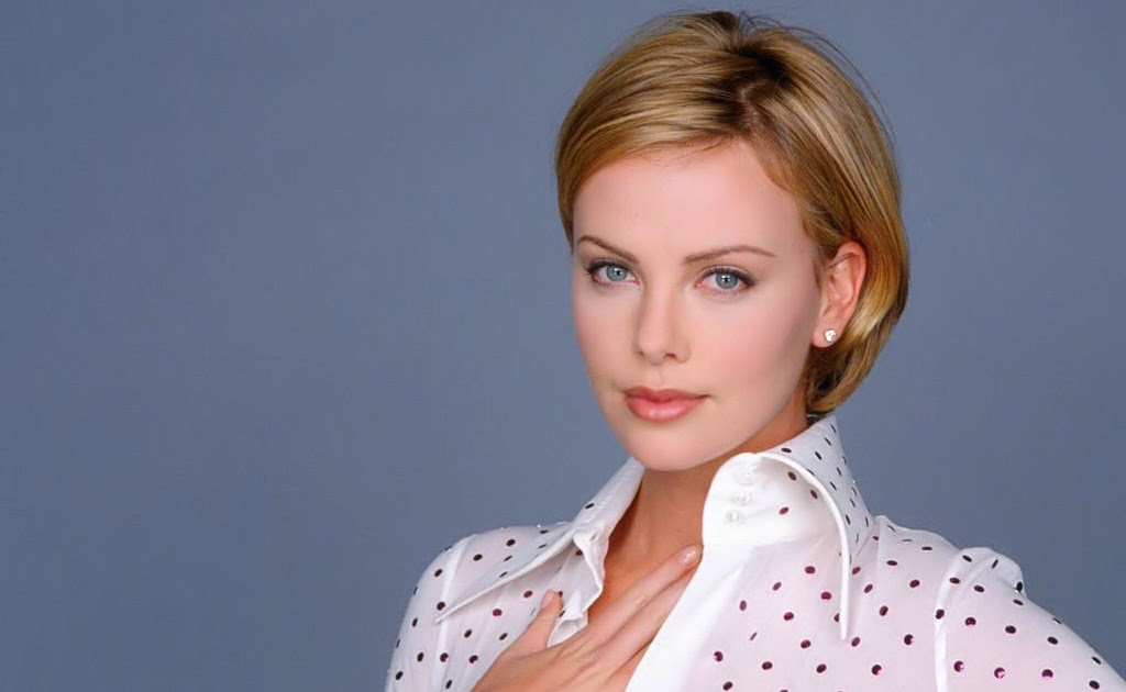 BEAUTY SECRETs: Charlize Theron Pictures