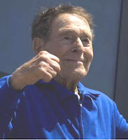 Jack LaLanne receives a Lifetime Achievement Award on September 3, 2007 during a ceremony at Muscle Beach in Venice Beach, California.