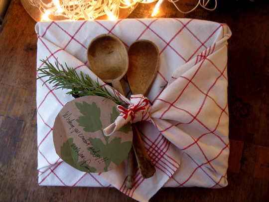 It's a Wrap: Interesting ways to wrap your Christmas and Holiday gifts (part 1)