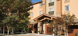 Entrance Larkspur Landing hotel Pleasanton California
